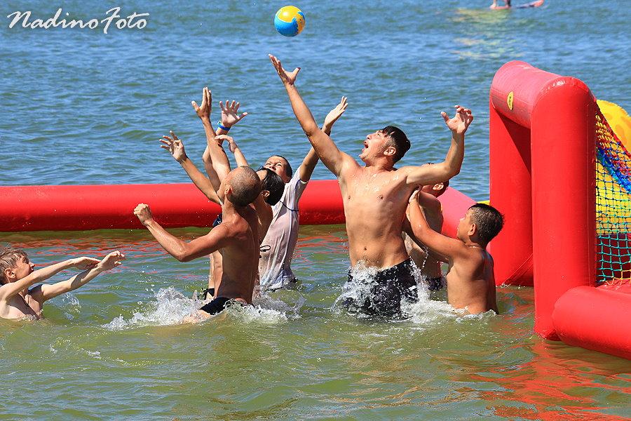 2 июля - Бурная жизнь на море. Часть 1