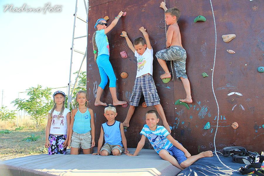 17 июля. Соревнования по скалолазанию для детей и взрослых